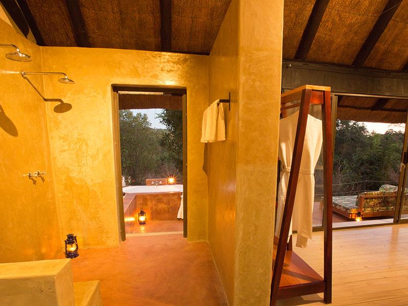 The open plan bathroom