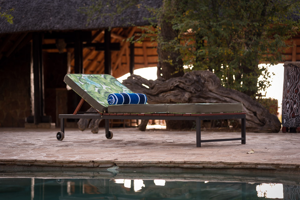 Masuwe Lodge - poolside